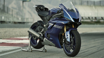 2017-Yamaha-YZF-R6-EU-Race-Blu-Static-004 copia.jpg