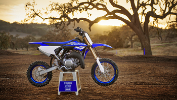 2018-Yamaha-YZ65-EU-Racing-Blue-Static-001.jpg