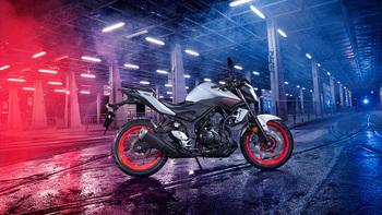 2019-Yamaha-MT320-EU-Ice_Fluo-Static-002-03.jpg