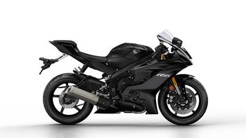2017-Yamaha-YZF-R6-EU-Tech-Black-Studio-002 copia.jpg