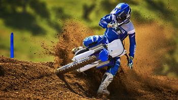2019-Yamaha-YZ250F-EU-Racing-Blue-Action-003.jpg