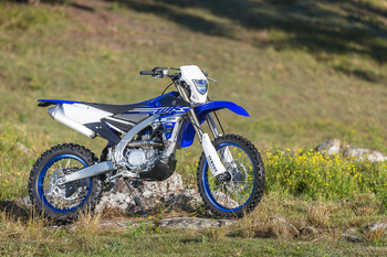 2019-Yamaha-WR250F-EU-Racing_Blue-Static-001.jpg