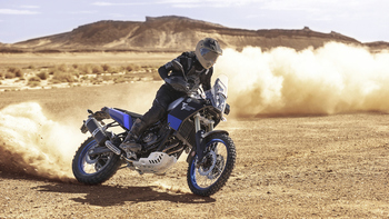 2019-Yamaha-XTZ700-EU-Power_Black-Action-003-03.jpg