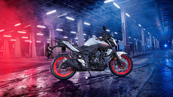 2019-Yamaha-MT320-EU-Ice_Fluo-Static-002-03.jpg